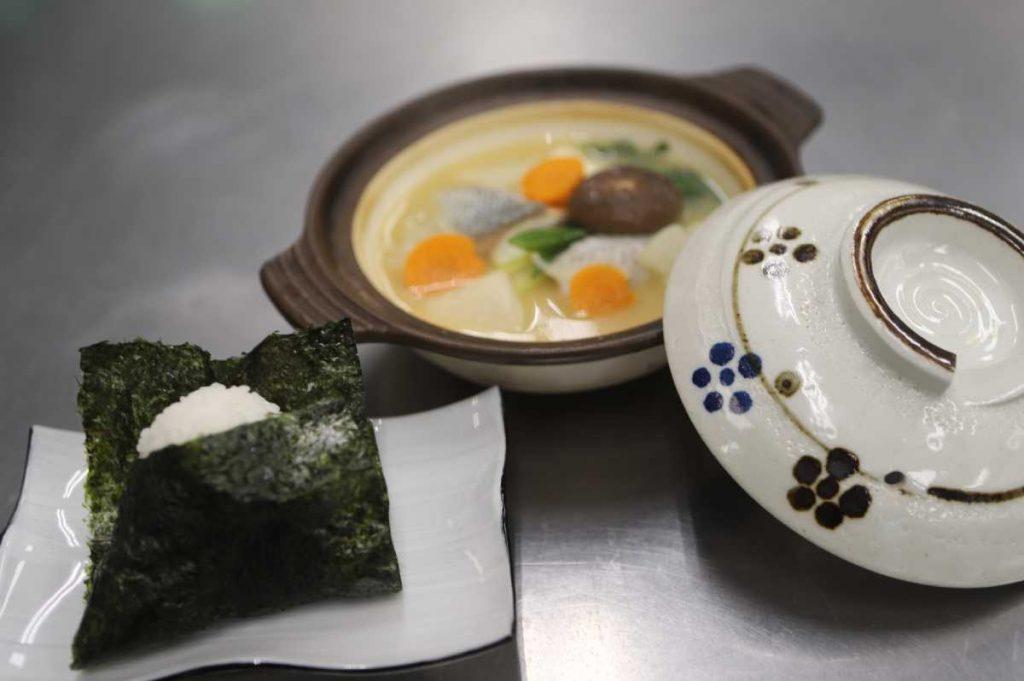 "<span class=""title"">「銀聖(ぎんせい)」を使って「石狩鍋」作りました!</span>"